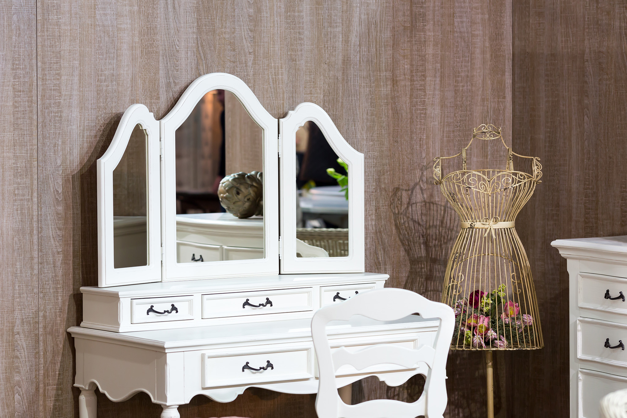 dressing table, dressing table mirror, bedroom furniture