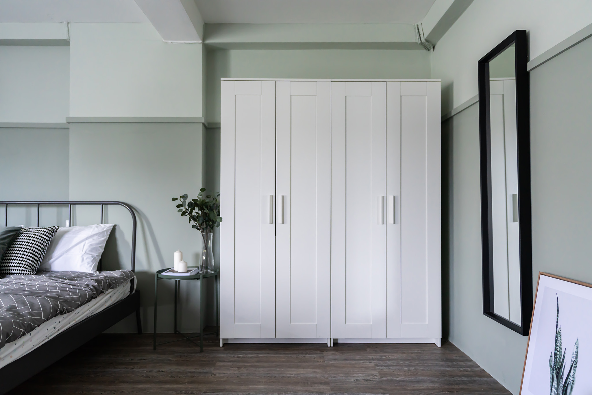 white shaker wardrobe door, four door wardrobe, bedroom furniture for small bedroom