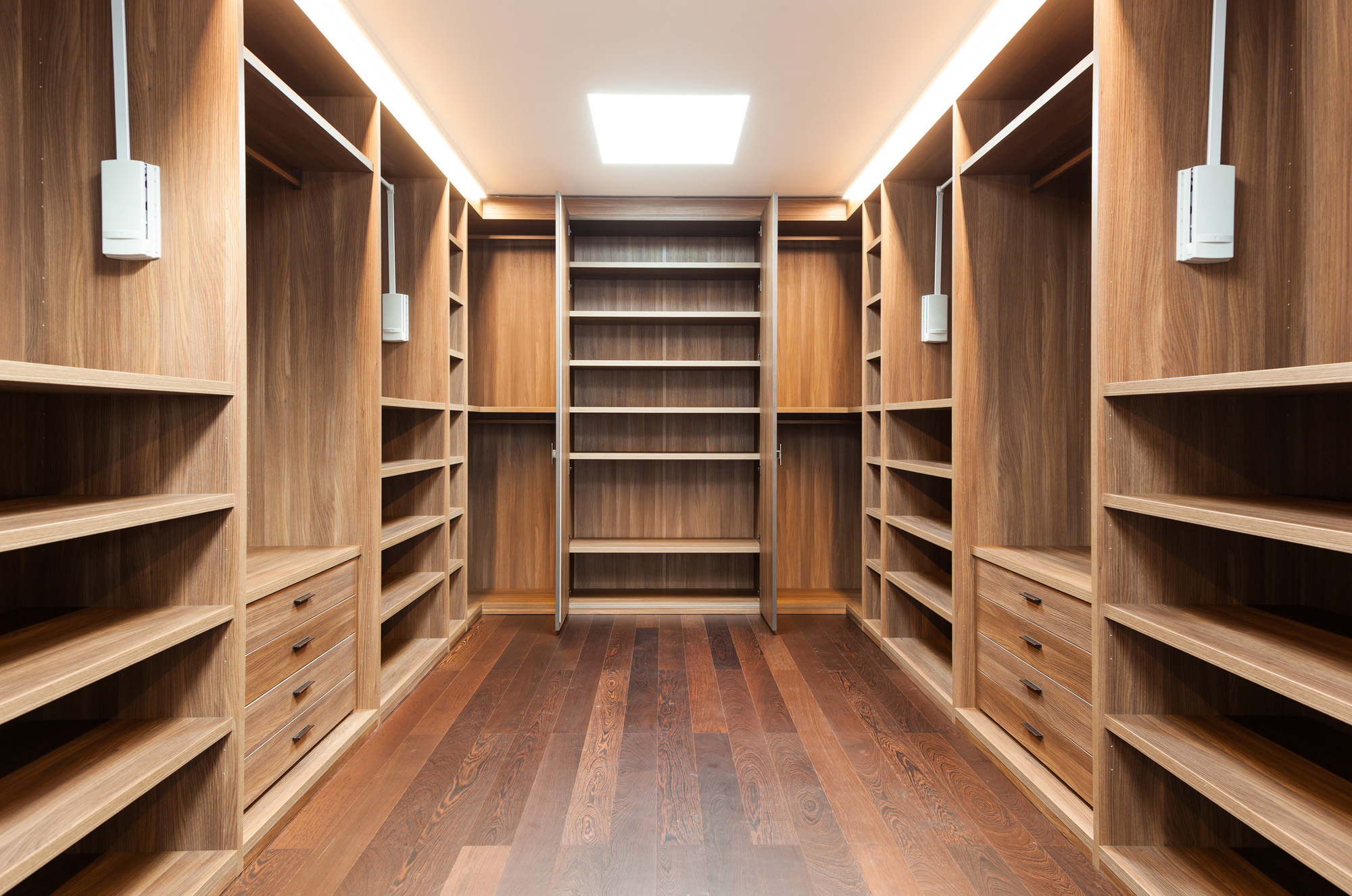 dressing room ideas, open wardrobe ideas, walk in wardrobe