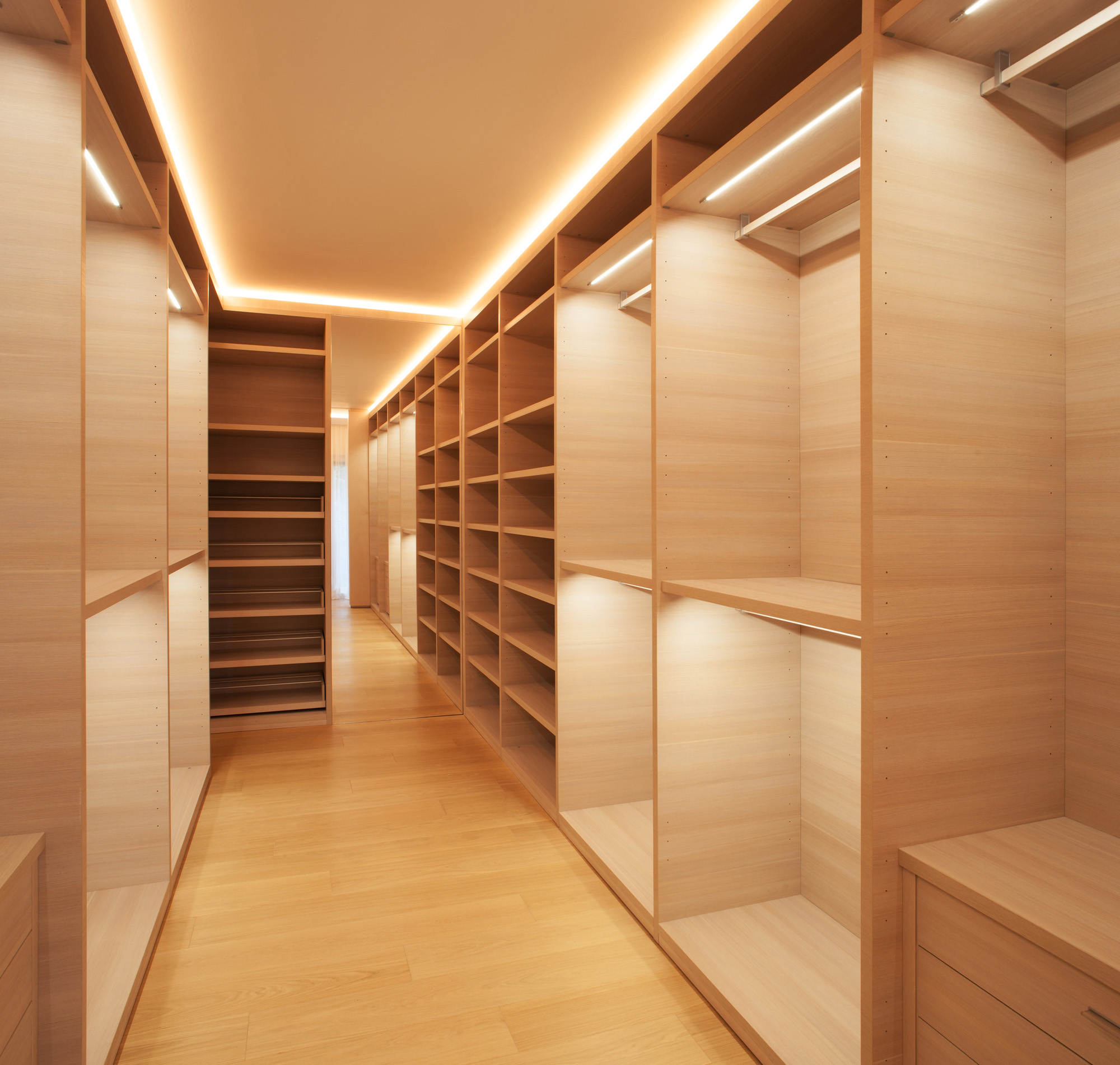 dressing room, open wardrobe ideas, bespoke wardrobes, wardrobe lights