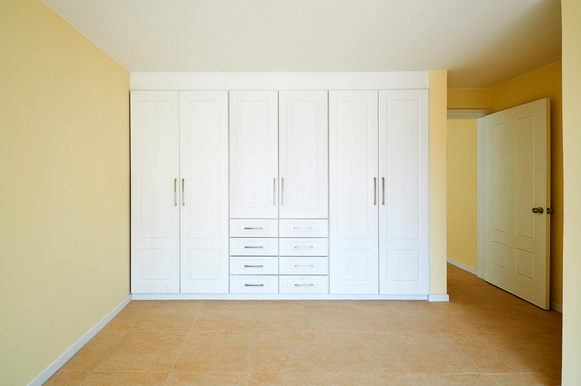 fitted wardrobe, six door white wardrobe, external wardrobe drawers