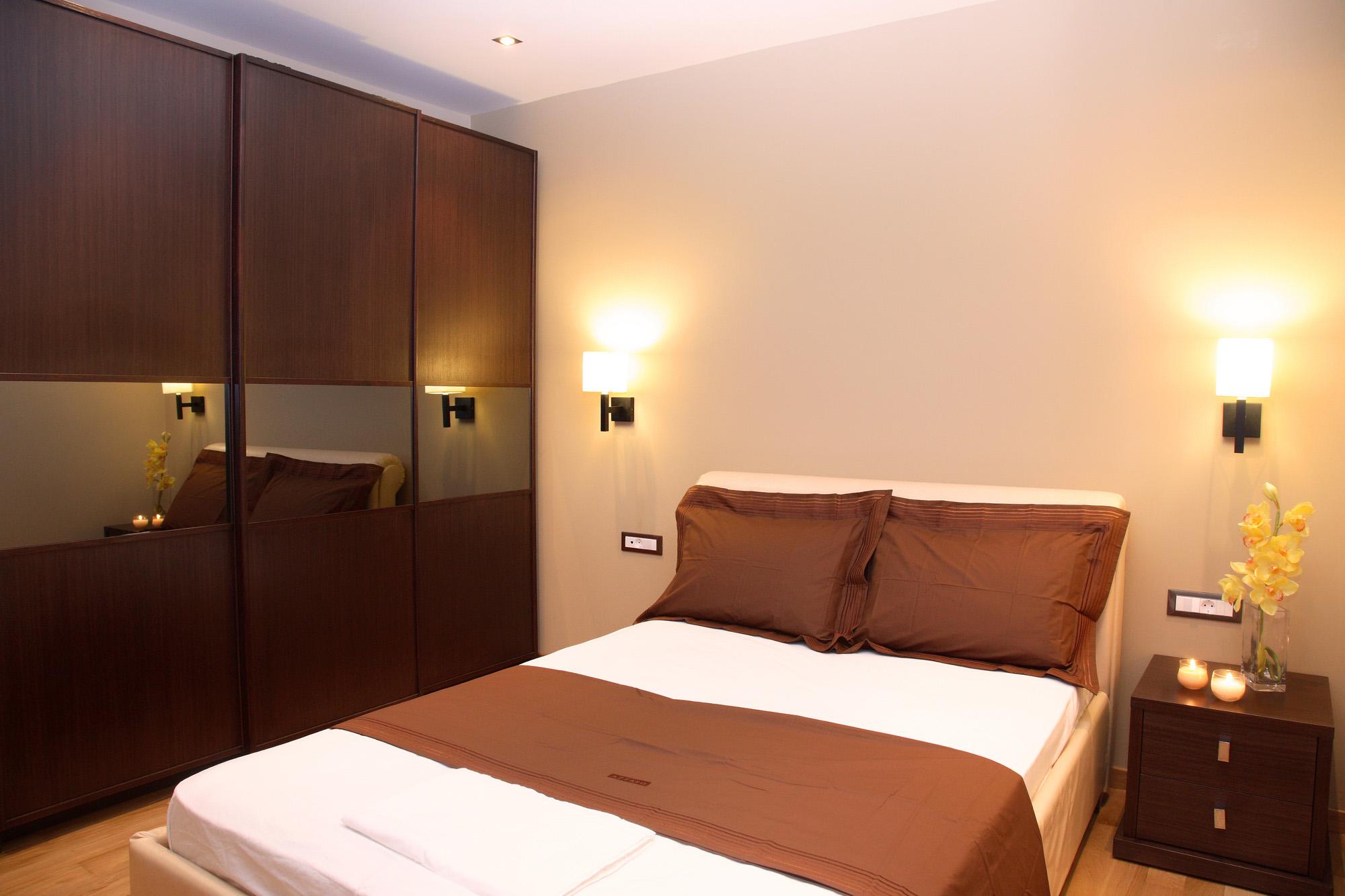 fitted sliding wardrobe, modern wardrobe, bedside table