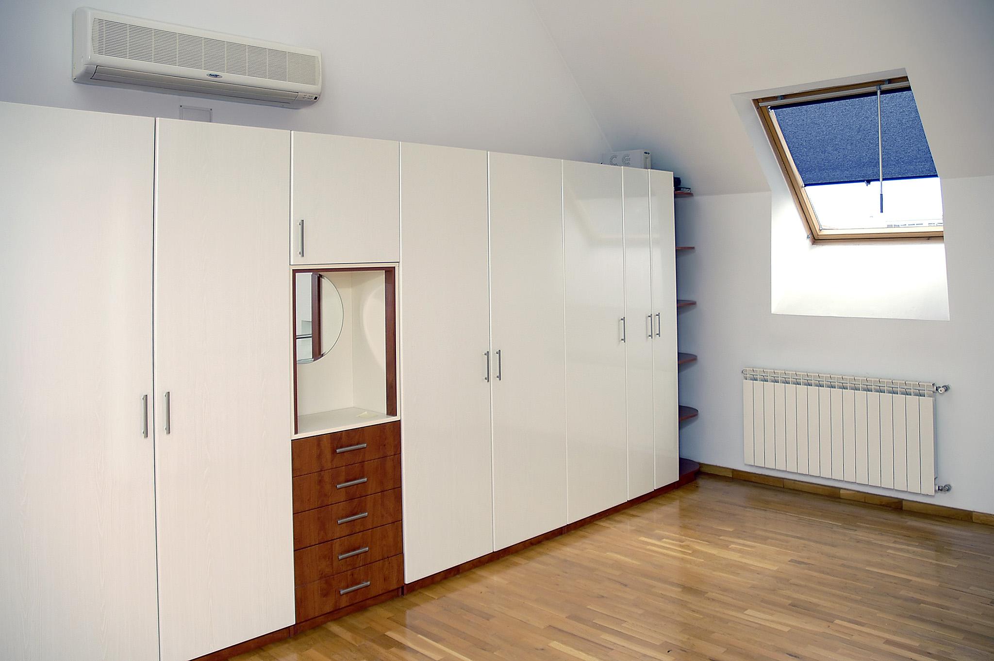 bespoke fitted wardrobe, white wardrobe, wardrobe drawers