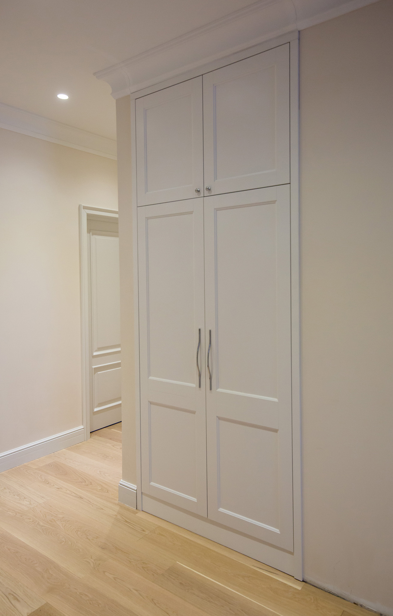 fitted wardrobes, shaker wardrobe doors, custom wardrobe