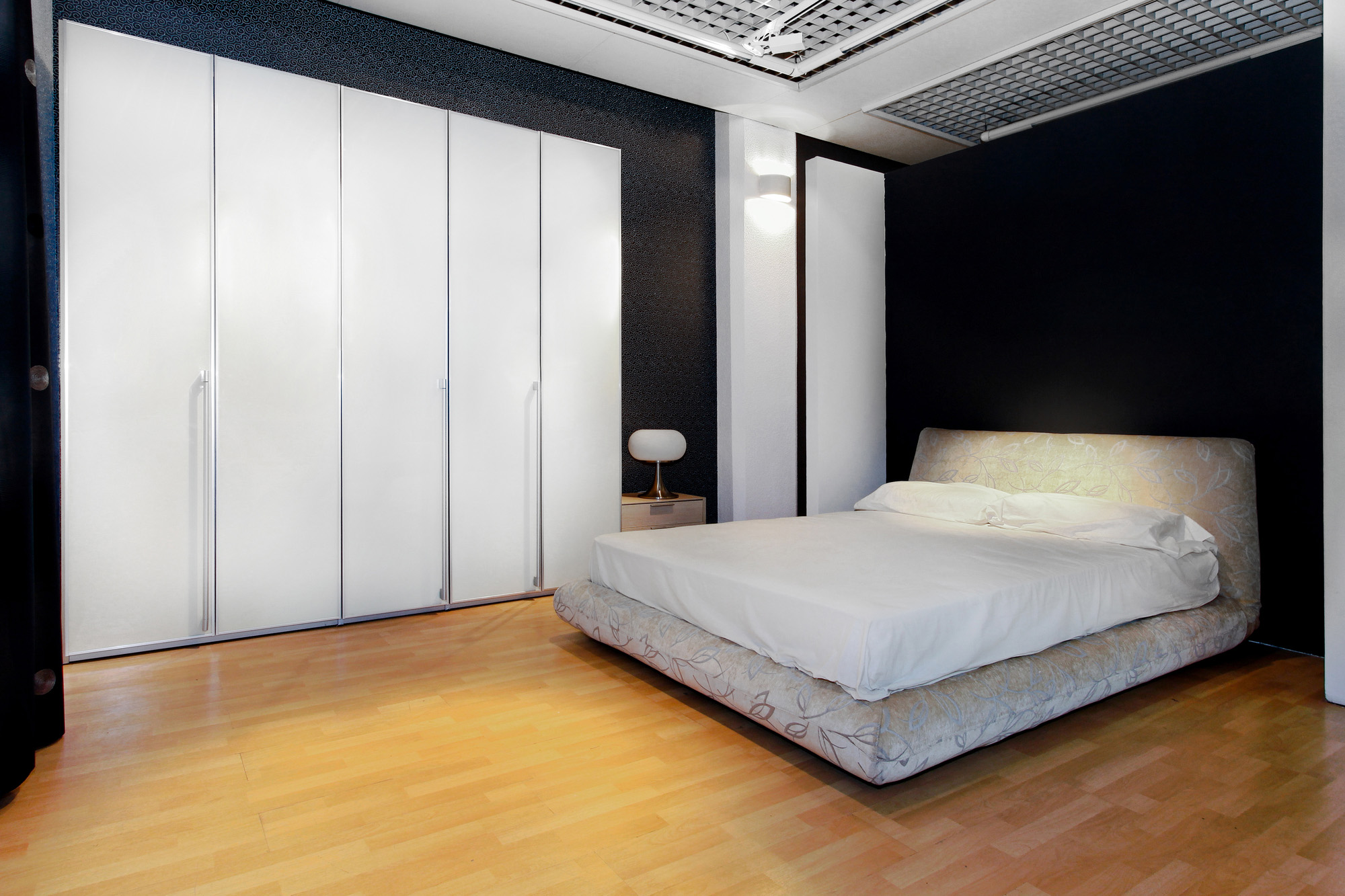 Fitted wardrobes, white wardrobe doors,