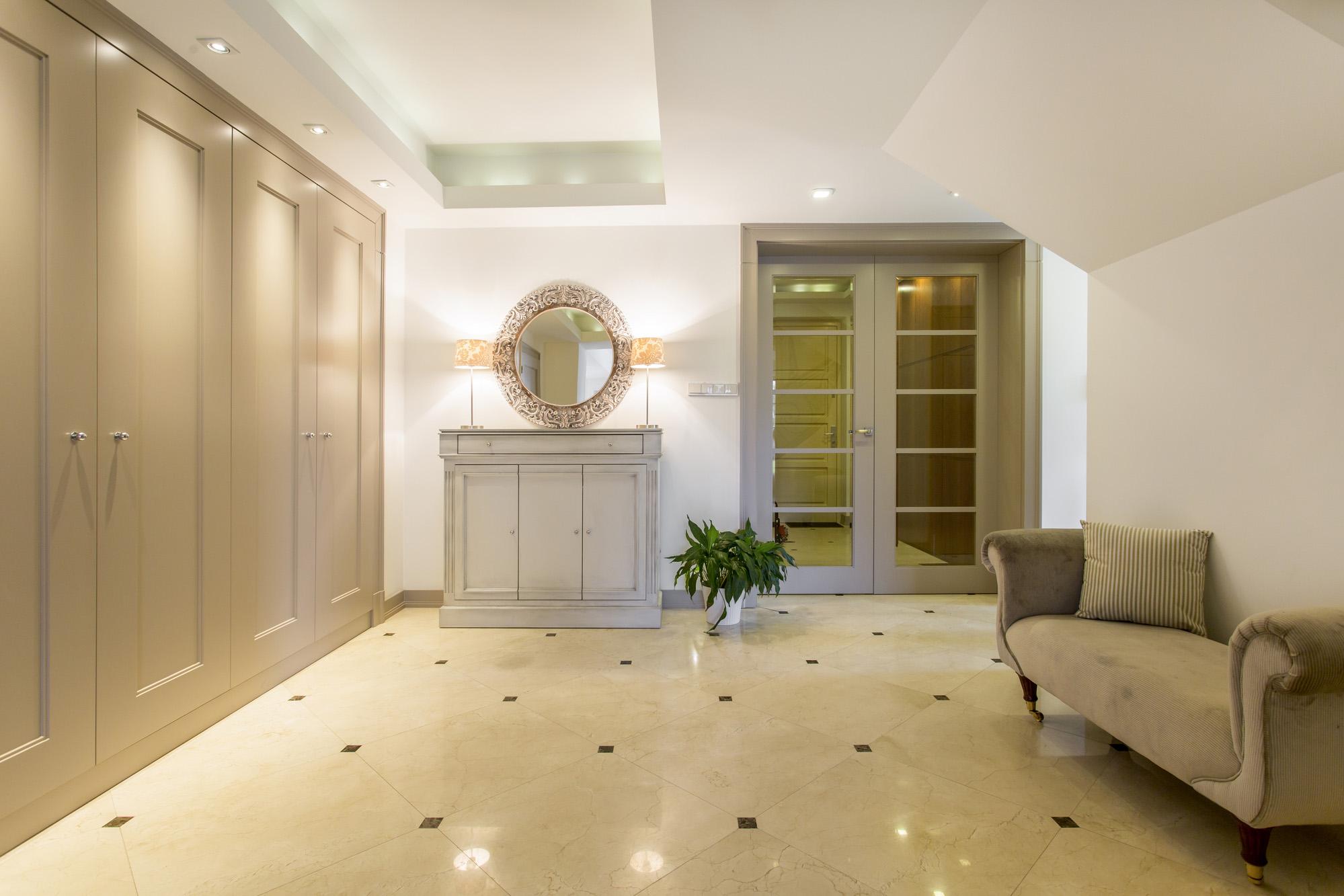 shaker wardrobe door, bespoke fitted wardrobe, modern wardrobe