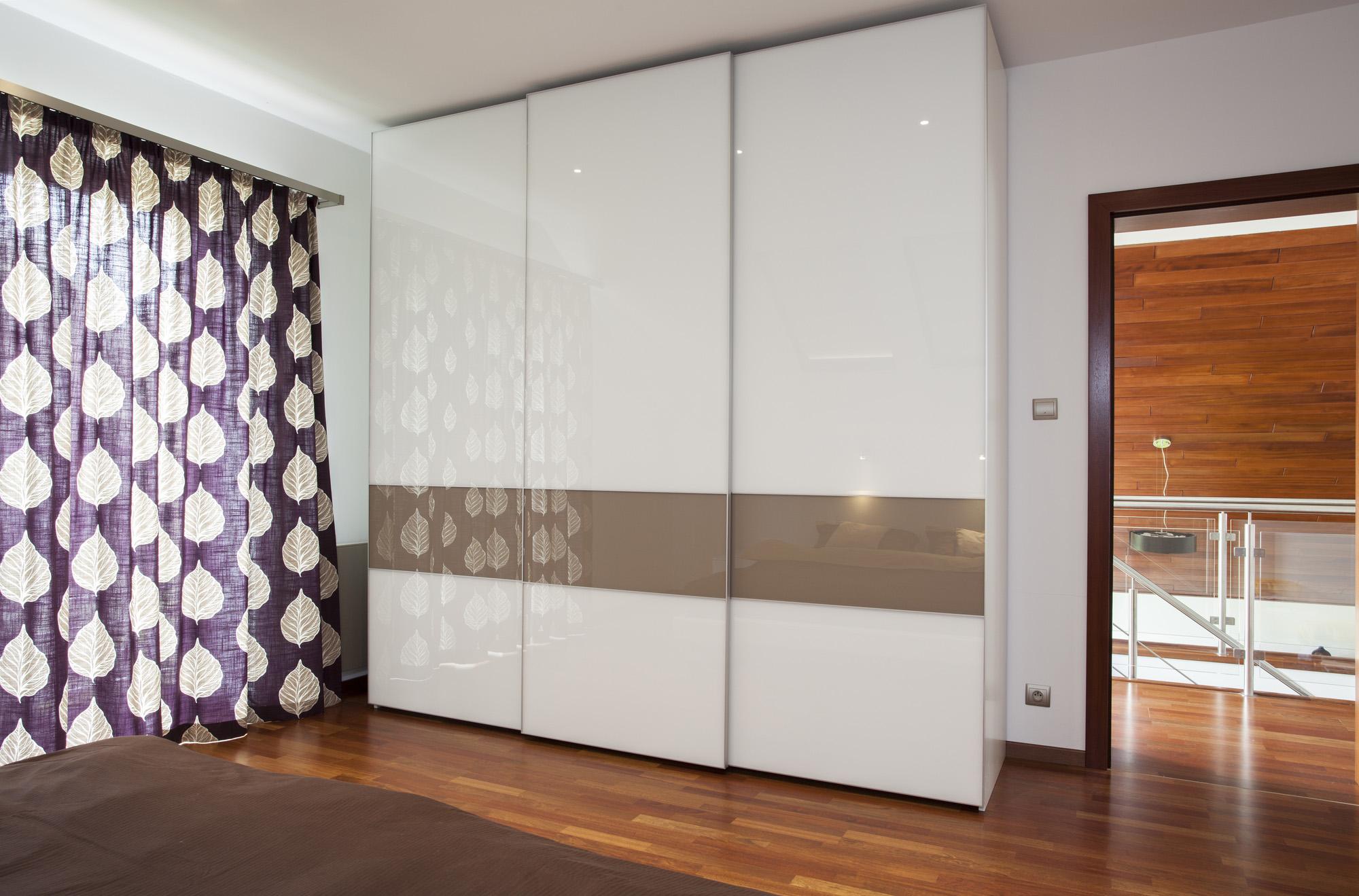 free standing wardrobe, white sliding wardrobe doors