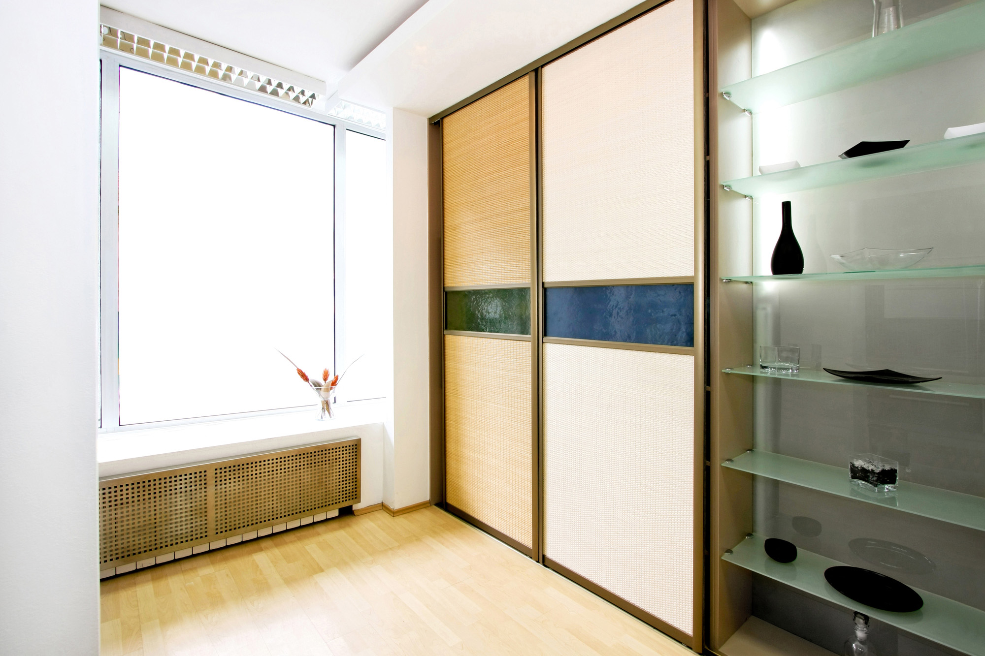 fitted wardrobes with sliding doors, built in wardrobe