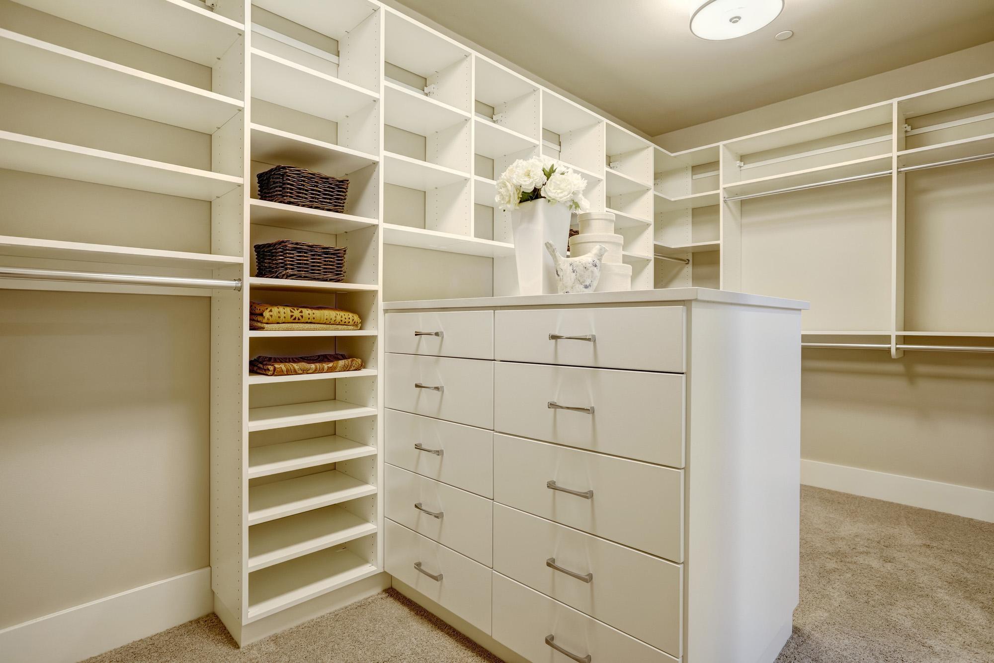 walk in wardrobe island, bespoke storage solutions