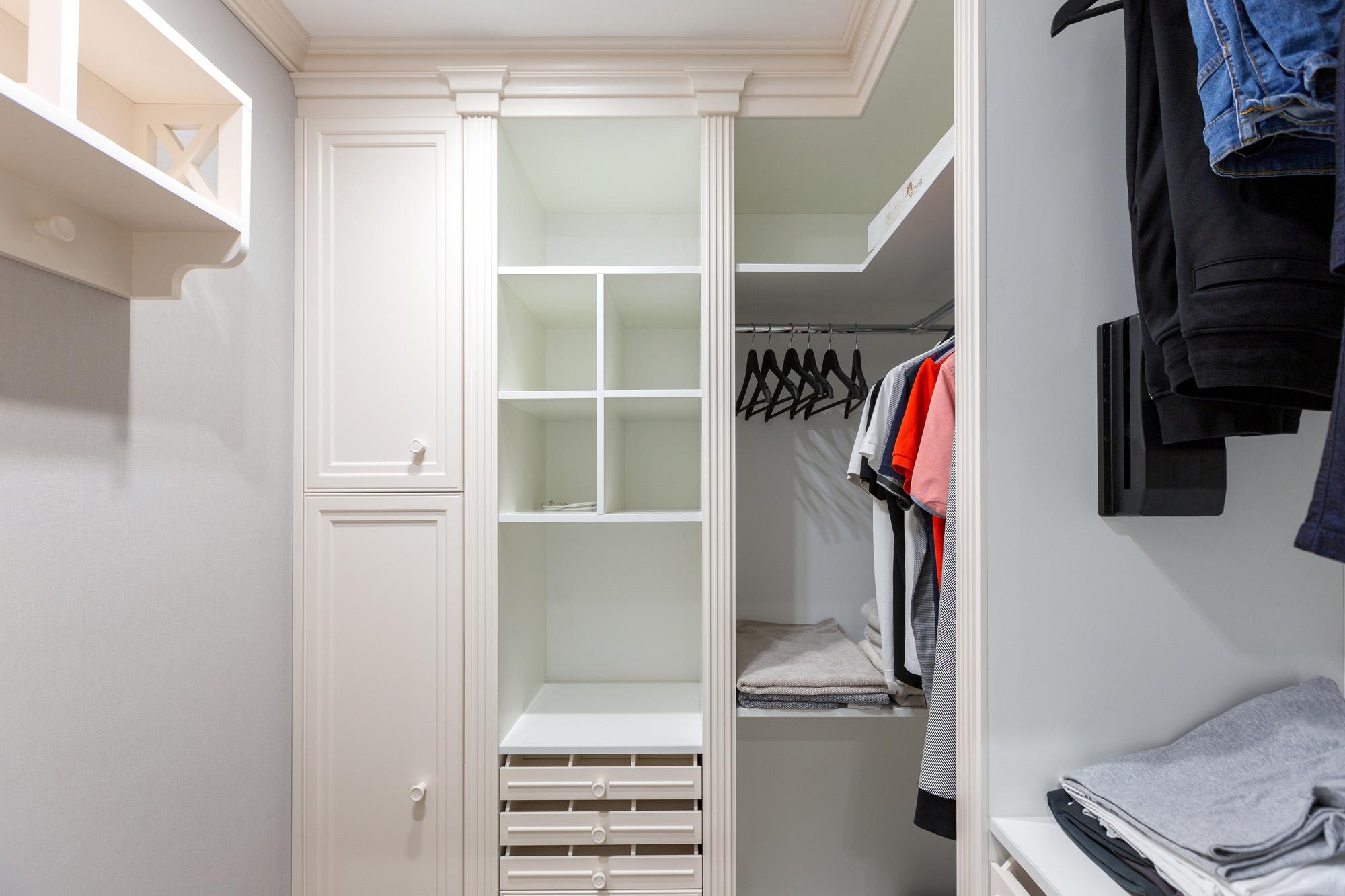 corner wardrobe, walk in closet, white wardrobe drawers