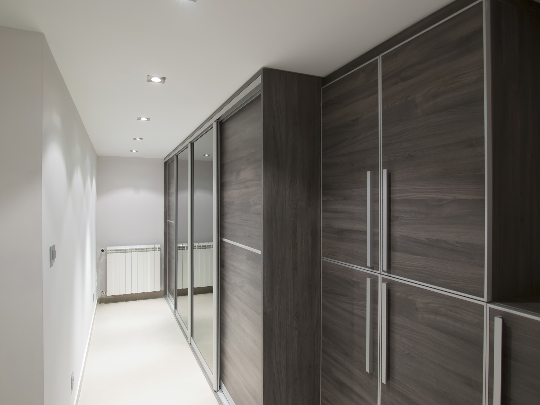 walk in closet, grey bedroom ideas, fitted wardrobes