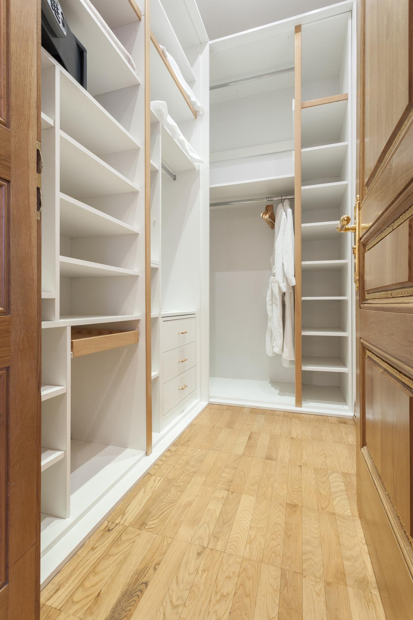 walk in wardrobe ideas, bespoke storage solutions, custom wardrobe